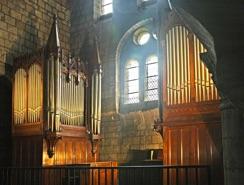 Buffet de l'orgue de l'église Saint Étienne