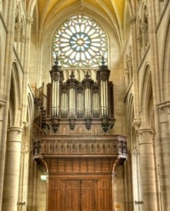 Buffet de l'orgue de Collégiale Saint-Martin de Clamecy
