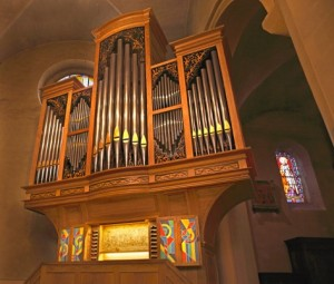 Buffet de l'orgue de Notre Dame d'Imphy