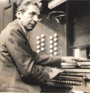 Henri WÉNISCH à l'orgue de la cathédrale